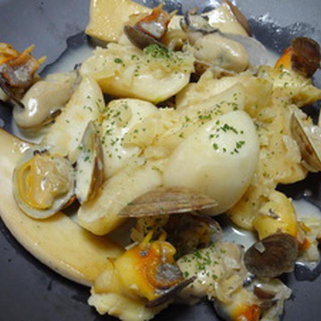 蕪のソテー☆魚貝クリームソース添え