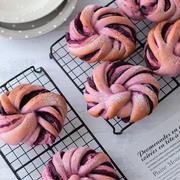 紫芋でかわいいネジネジパンと【栗の渋皮煮レシピ】