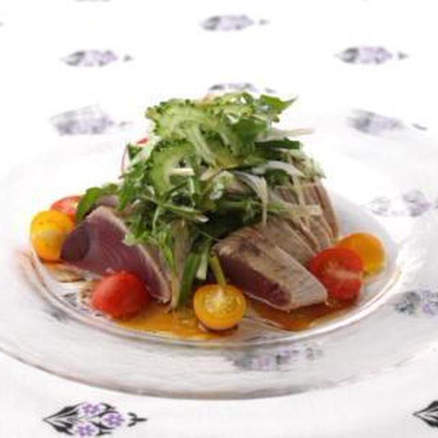 【8月の旬野菜レシピ】夏のさっぱりレシピ☆カツオのたたきゴーヤサラダ