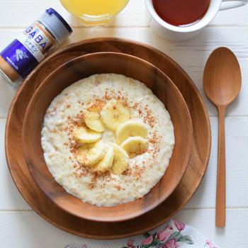【スコットランド料理】バナナとシナモンの『ポリッジ』♡栄養満点でヘルシー♪オートミールのミルク粥