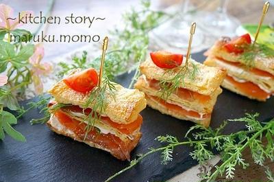 【糖質オフレシピ】油揚げパイで作る♪スモークサーモンとクリームチーズのミルフィーユ仕立て