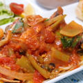 トリムネ肉と野菜のトマトパスタ~カレー風味☆ by シュリンピさん