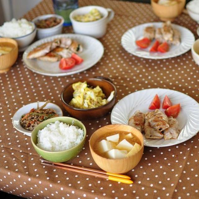 豚肉の大葉梅チーズ巻きと春キャベツとカリカリじゃこのおかず系サラダ