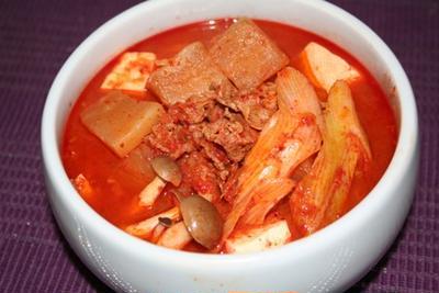 ヨンジョンオリジナル カクテキチゲ(깍두기찌게)ーー 母の味。