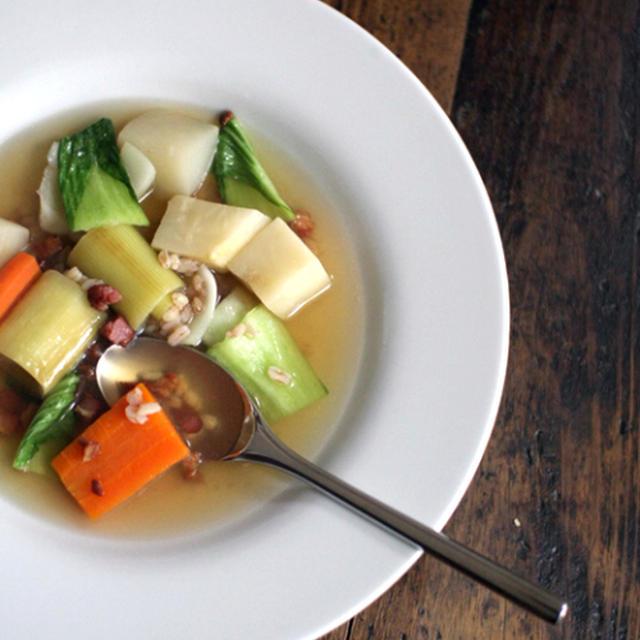 根菜と麦のポトフ