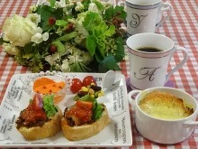 タコミート活用⑥パンにのせて楽々朝食♪