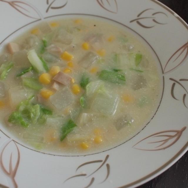 ホワイトベジタブルスープ