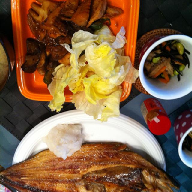 特大ホッケと鶏胸肉の味噌炒め