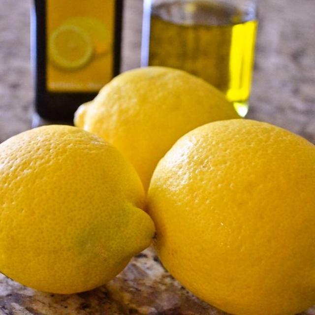 【レモンオイルの作り方】魔法の香オイル お料理にお肌のお手入れに!