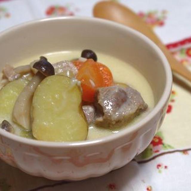豆乳白味噌シチュー