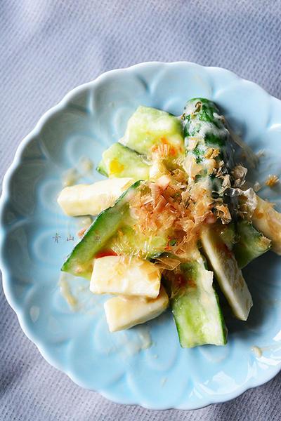 暑いから火を使わない3分副菜! きゅうりと長芋のごま梅おかか和え