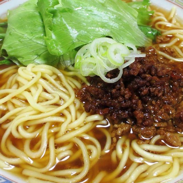 肉味噌レタスラーメン