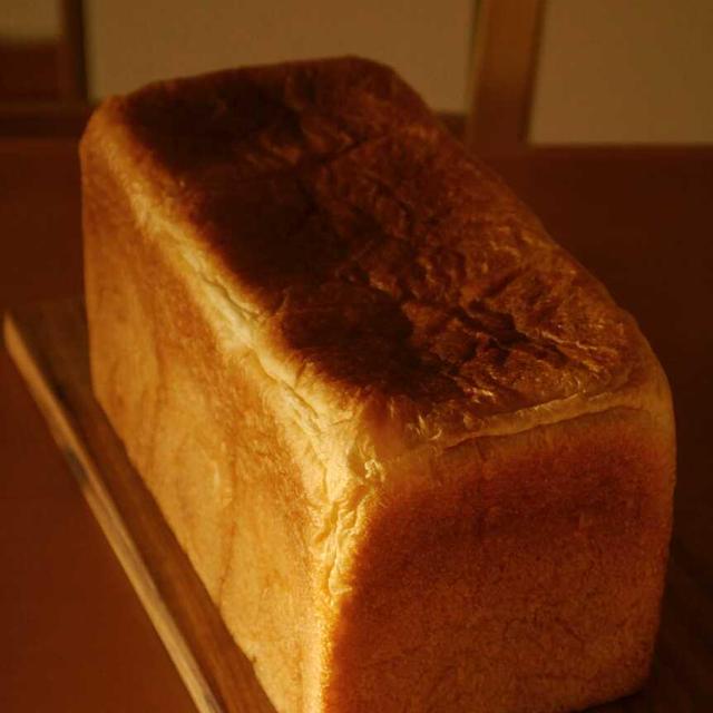 コムシノワのパンドミ1.5斤と薄皮あんぱん♪