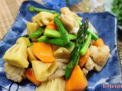 >炒り鶏☆旬のタケノコ入りが美味しい by べにゆうさん