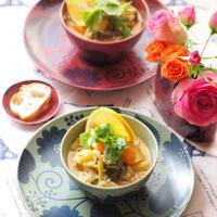 チキンと野菜のココナッツミルクスープ