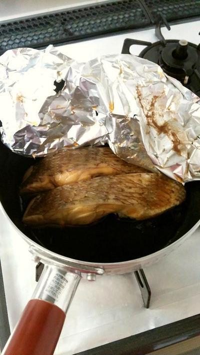 真鯛の煮付け♪&茶色いお弁当♪
