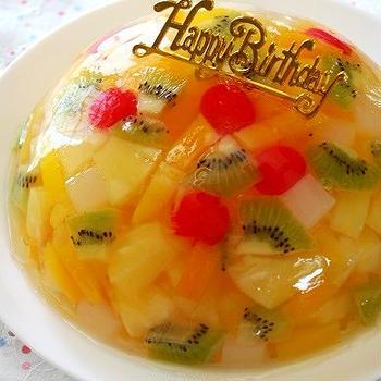 誕生日仕様のフルーツゼリー