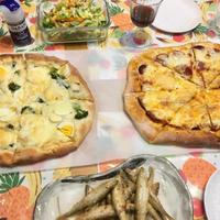 【自家製ピザ】ペパロニサラミがぎっしり敷き詰められたピザが食べたい!!
