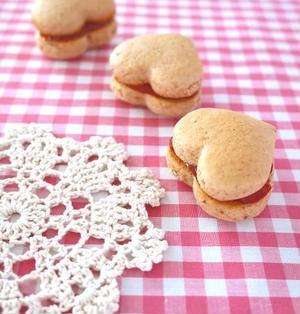 材料3つでバレンタイン♪いちごジャムのハートクッキー