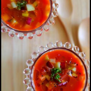 食事バランスが気になったら…「野菜ジュース」を使ったスープをプラス!