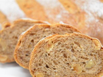 ヘーゼルナッツのパン