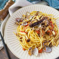 【ペペロンチーノレシピ】しめじとアサリのトマトペペロンチーノ