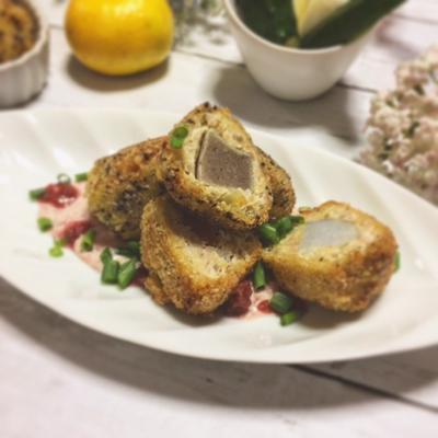 蒟蒻と里芋の煮物☆鶏挽き肉♪ゆかりフライ~梅肉ソースで~