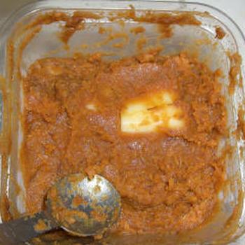 チーズの味噌漬け 味噌の容器そのままバージョン