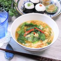 簡単ご飯におススメ。『レタスとふんわり卵の味噌スープ』。