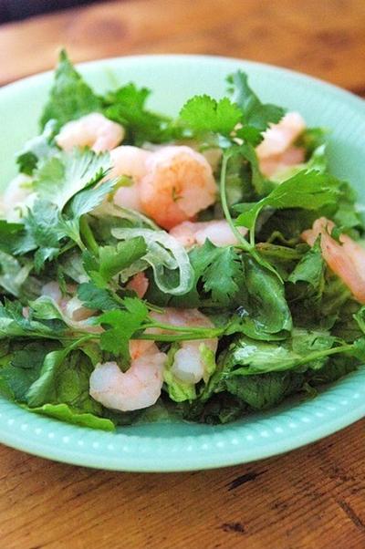 ハーブの食卓2♪ タイ風シュリンプ・サラダ。