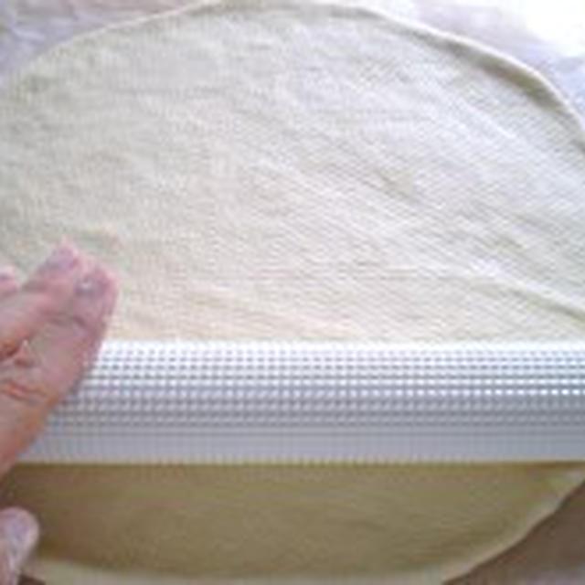 手作りピザ生地~イースト使用発酵なし~【健康レシピ】