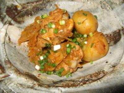 鶏とじゃがいものキムチ煮