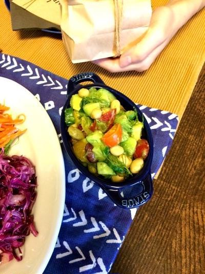 アボカドと豆のディルマリネ