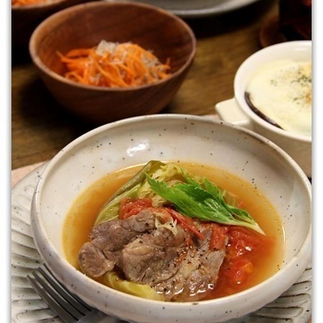 塩豚でキャベツと和風煮 と 残り野菜で