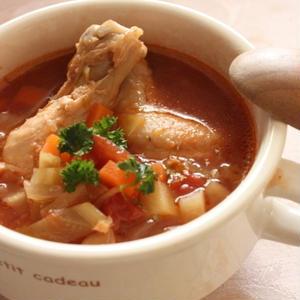 野菜もお肉も一度にとっちゃお!大満足の具だくさんスープレシピまとめ