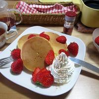 ふんわり♪ 苺のホットケーキ