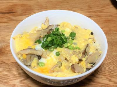 4種のきのこのふんわり卵とじ丼と簡単なす田楽!(作り方あり)