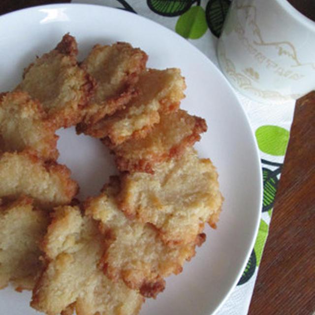 簡単! パン粉で「クッキー」を作りました♪
