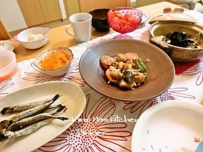 角切り豚肉と茄子の味噌炒め と 『最近のバター不使用パン』。