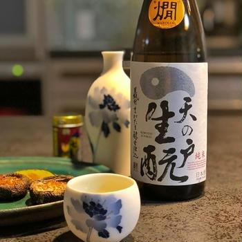 ぬる燗がおいしい日本酒と焼きしいたけ焼きかぼちゃ