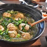 ふわふわ♪お豆腐入り鶏団子の塩にんにく鍋