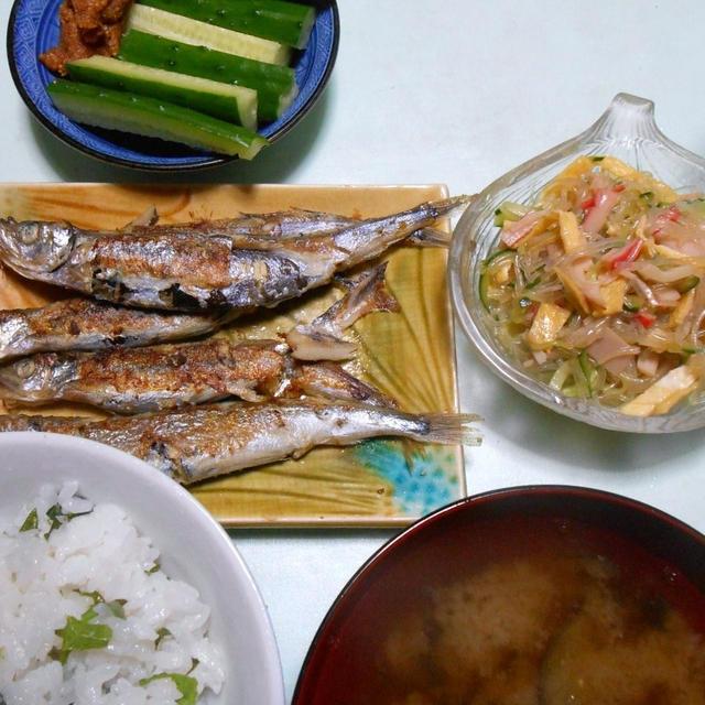 本日は春雨の中華風サラダと、焼き魚です