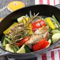 ローズマリーと塩、胡椒だけで旨い「チキンと夏野菜の蒸し煮」&久しぶりの「きんとら」