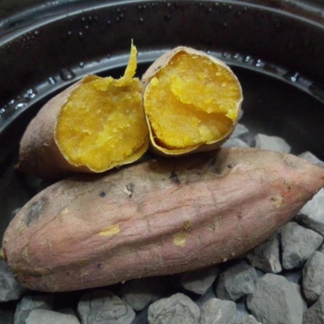 おうちで、BBQで、石焼き芋♪