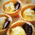 <バニラの香りのチョコとカスタードタルト> by はらぺこ準Jun(はーい♪にゃん太のママ改め)さん