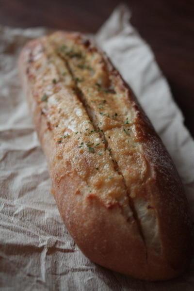 お蔵入りパン(レーズン酵母バゲ2種)