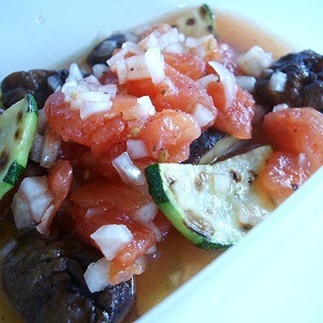 ズッキーニとしいたけのトマトマリネ