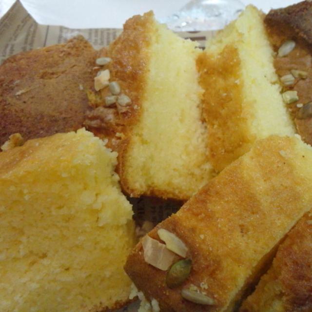 タカナシ乳業さんの生クリームDEナッツのパウンドケーキ☆