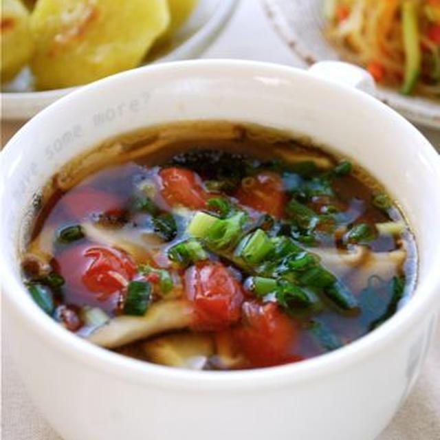 即席3分☆トマトと椎茸の中華スープ