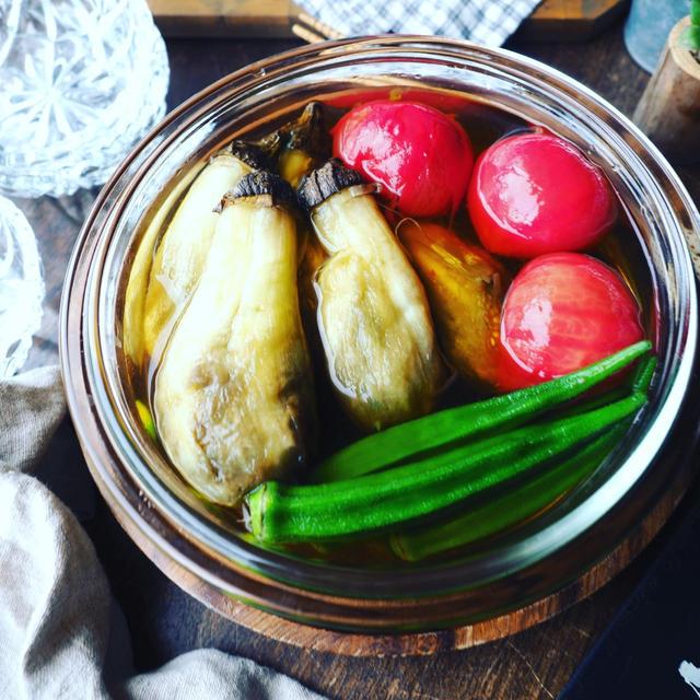 週末の乾杯レシピにも♪冷して染みじゅわ~❤️焼きなすと夏野菜のだし浸し♪